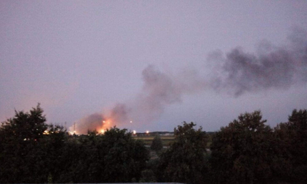 Συναγερμός στην Ιταλία: Ισχυρή έκρηξη και φωτιά σε διυλιστήρια της ΕΝΙ
