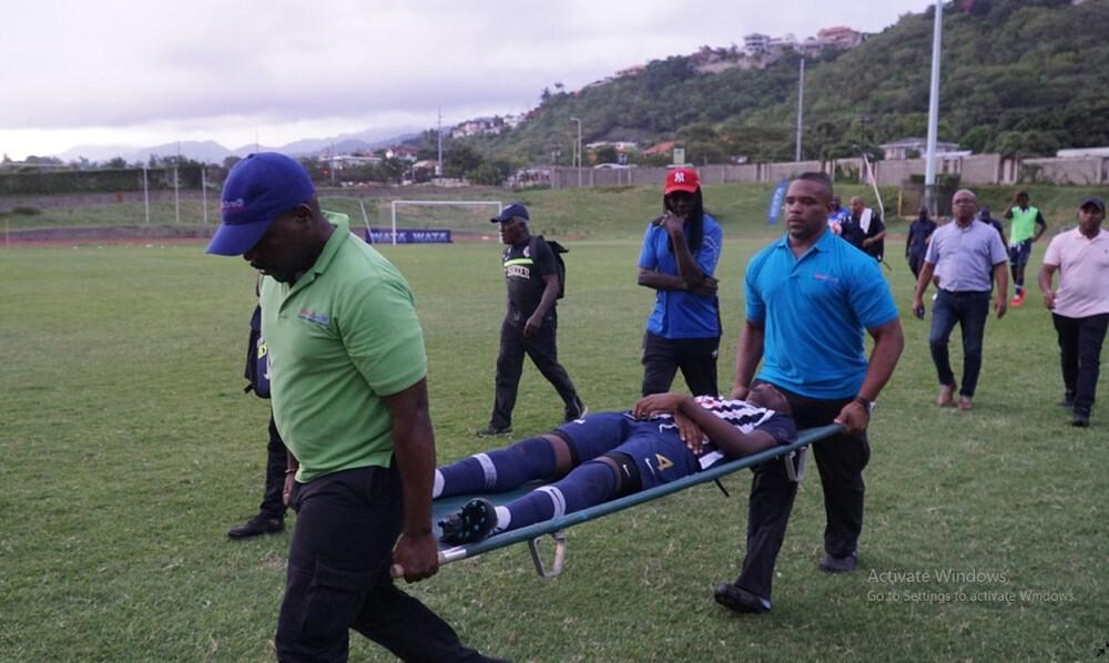 Σοκ! Κεραυνός έπεσε σε γήπεδο στη Τζαμάικα! (video)