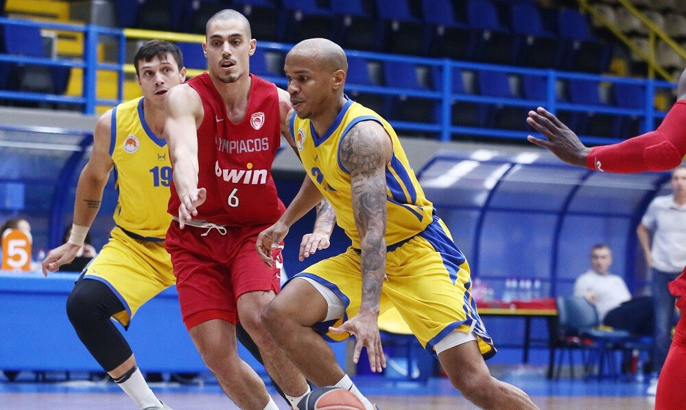 Περιστέρι-Ολυμπιακός 68-72: Νίκη και ετοιμάζεται για Μόσχα