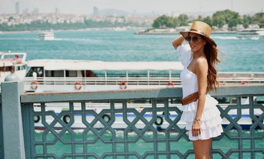 Evita: Με video clip που γυρίστηκε στην Κωνσταντινούπολη κυκλοφόρησε το νέο της τραγούδι