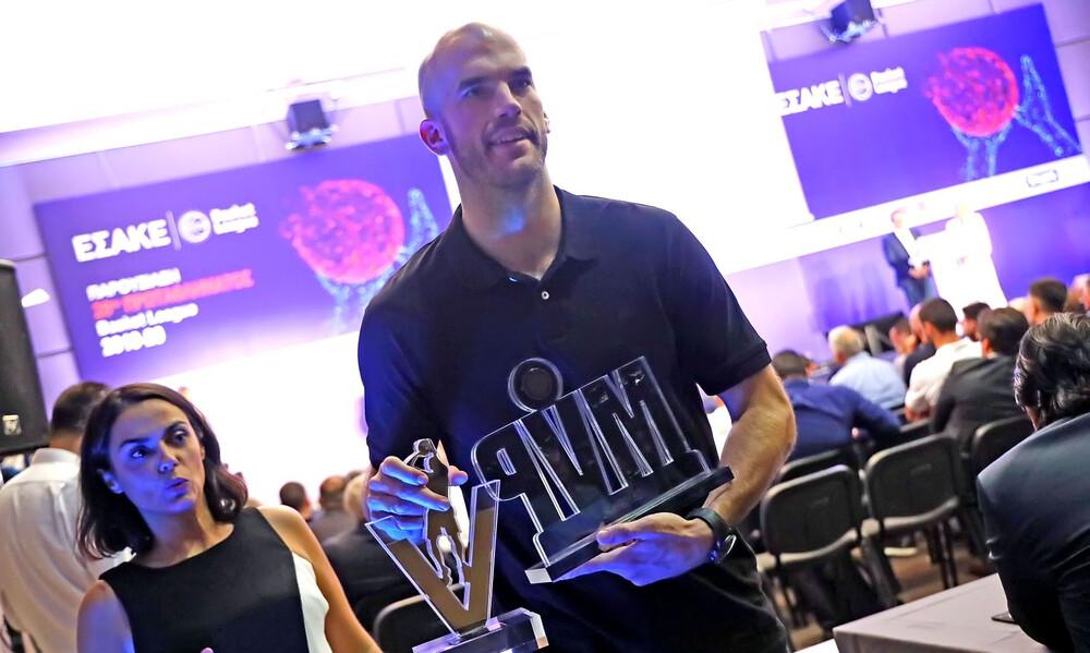 Basket League: Σάρωσε τα βραβεία ο Καλάθης (video+photos)