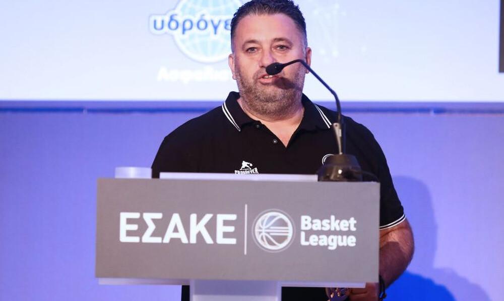 Προπονητής της σεζόν ο Γιατράς που… έδωσε το βραβείο στον Προμηθέα (photos)