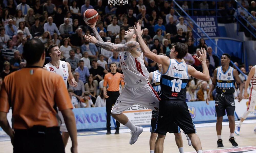 «Χαστούκι» με 82-78 από την Κρεμόνα γνώρισε η Αρμάνι Μιλάνο