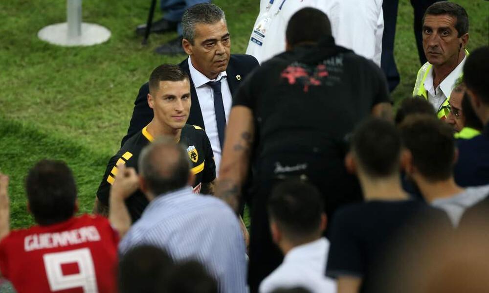 Ολυμπιακός-ΑΕΚ: Χαμός με Βράνιες, ξέσπασε το «Γ. Καραϊσκάκης»! (photos)