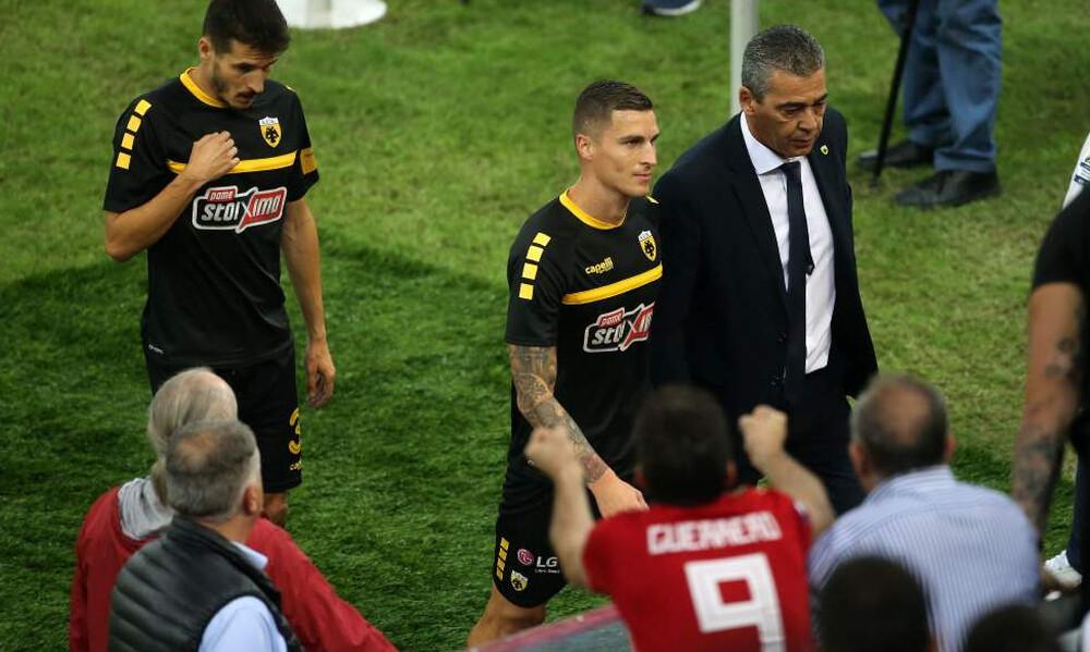 Ολυμπιακός-ΑΕΚ: Κόκκινο πανί ο Βράνιες - Τα πανό... φωτιά για τον Βόσνιο! (photos)