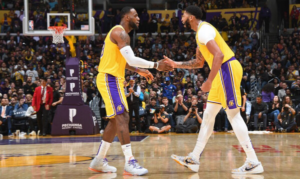 NBA: Σάρωσαν με τρομερό Ντέιβις οι Λέικερς (photos+videos)