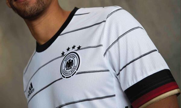 Γερμανία: Απίθανη γκάφα στις φανέλες των παικτών (photos)