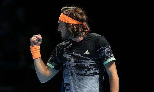 Στέφανος Τσιτσιπάς: Μυθική νίκη και στα ημιτελικά των ATP Finals! (photos+video)