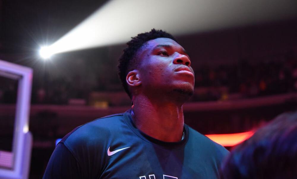 NBA: Η συνήθεια που έγινε λατρεία! Ο Γιάννης στο Top-10 (video)