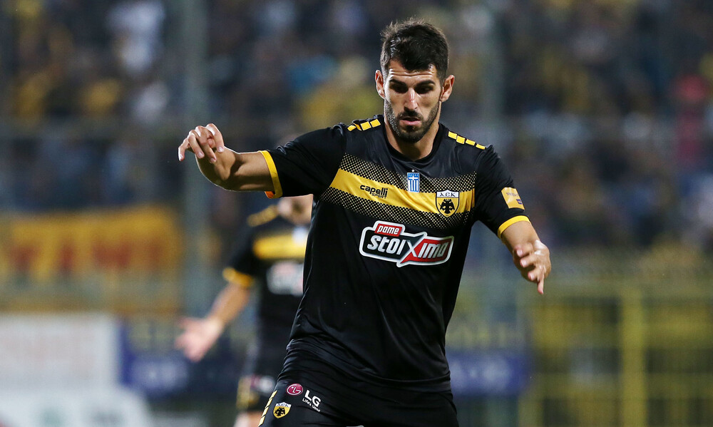 Super League: Παίκτης του Αυγούστου ο Ολιβέιρα