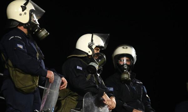 ΟΦΗ-ΑΕΚ: Δακρυγόνα στο «Γεντί Κουλέ» (photos)
