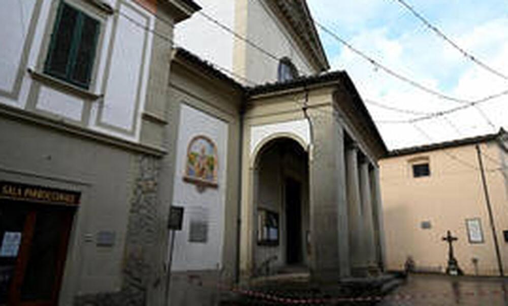 Συγκλονιστικές εικόνες από τον ισχυρό σεισμό που «χτύπησε» την Ιταλία