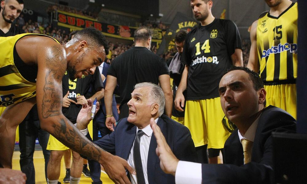 Άρης: Αποχαιρέτησε τους παίκτες ο Μαρκόπουλος