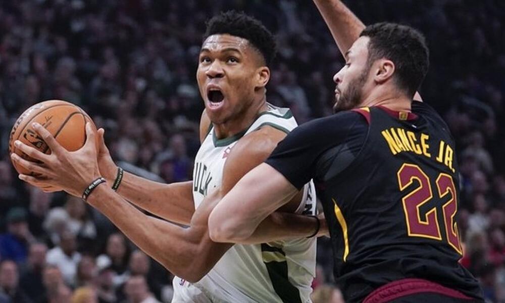 NBA: Αποθέωσε τους Μπακς ο Γιάννης