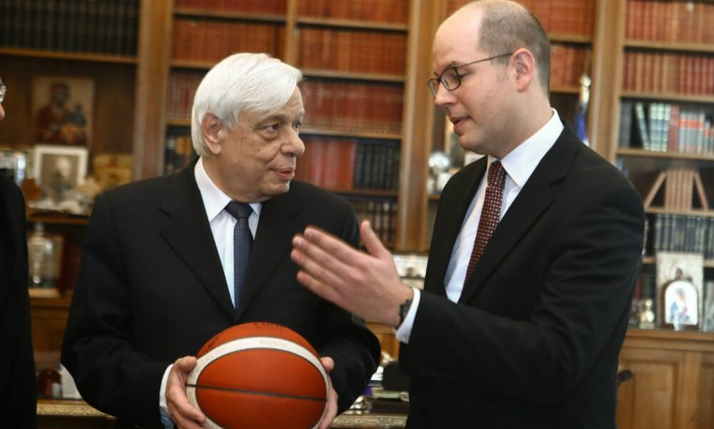 Ζαγκλής: «Να χτυπάνε περισσότερα παιδιά μια μπάλα μπάσκετ στα γήπεδα»