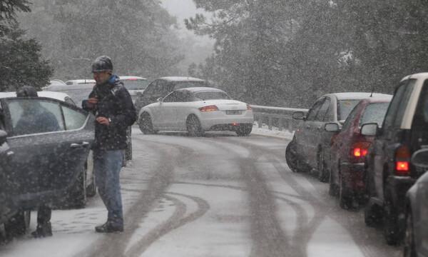 Καιρός: Παραμονή Πρωτοχρονιάς με «Ζηνοβία» - Χιόνια και χαμηλές θερμοκρασίες σε πολλές περιοχές