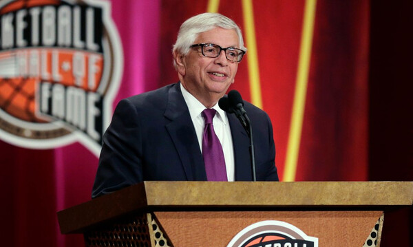 FIBA για Στερν: «Ένας από τους μεγαλύτερους ηγέτες στην κοινωνία των σπορ...»