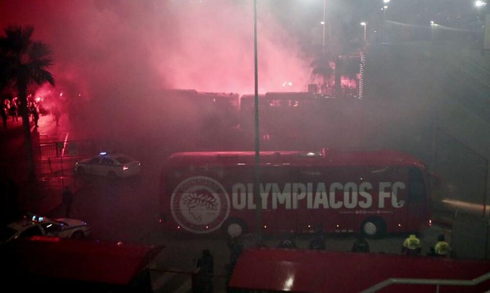 Ολυμπιακός – Παναθηναϊκός: Δακρυγόνα στο «Γεώργιος Καραϊσκάκης»