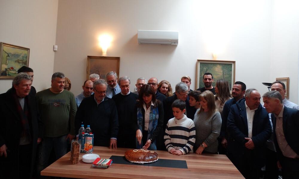 Με… άρωμα Απόλλωνα η κοπή της Πρωτοχρονιάτικης πίτας στο Ελληνικό Προξενείο Σμύρνης