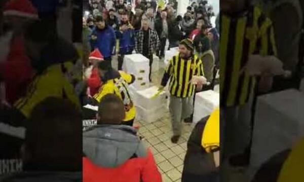 Επικό σκηνικό Αρειανών σε φίλους του ΠΑΟΚ στην Ιχθυόσκαλα για την «τεσσάρα» (video)