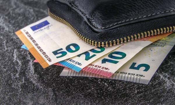 Τράπεζες: Ξεχάστε όσα ξέρατε – Τι αλλάζει στις συναλλαγές στα γκισέ