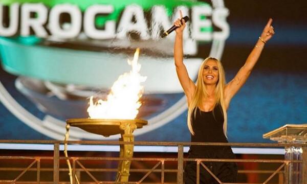 Η σέξι παρουσιάστρια των Eurogames είναι σύζυγος σούπερ σταρ του ποδοσφαίρου! (photos+video)