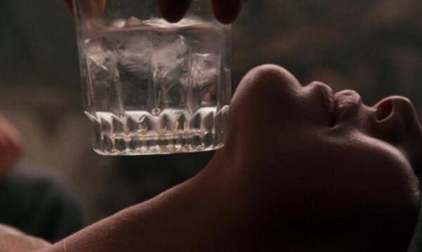 Η πρωταγωνίστρια ερωτικών ταινιών που… θέλει όργια και τα πετάει όλα στο Instagram! (video+photos)