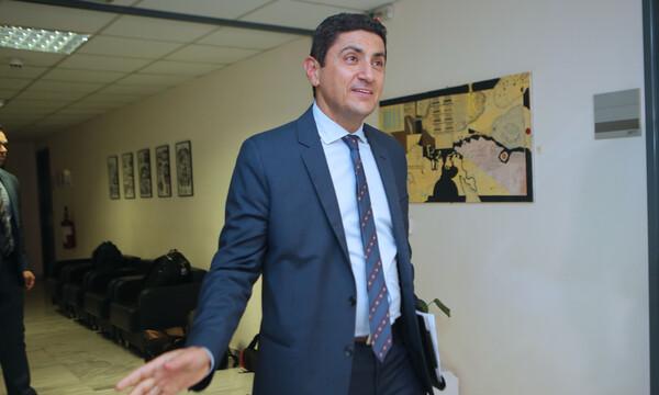 Συνάντηση Big 4: Έφτασε ο Αυγενάκης (video)