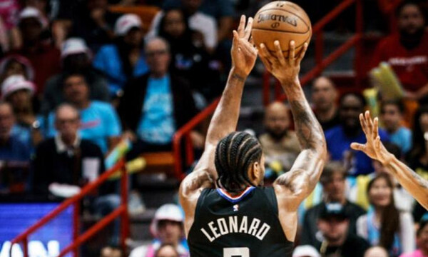 NBA: Από άλλο πλανήτη ο Λέοναρντ (video)