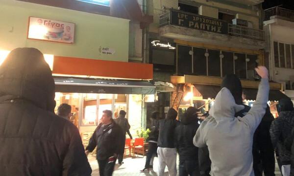 ΠΑΟΚ: Διαμαρτυρία οπαδών έξω από την ΝΟΔΕ Κοζάνης (video)
