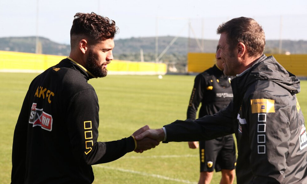 AEK: Καταλήγει στην Μπερ Σεβά ο Σιμάο
