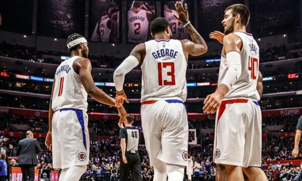 NBA: Συνέχισαν με νίκες Κλίπερς, Σέλτικς και Μάβερικς! (photos+videos)