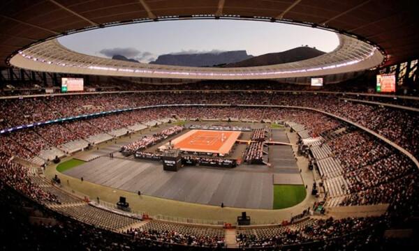 Προσέλευση-ρεκόρ σε αγώνα τένις! (photos+video)