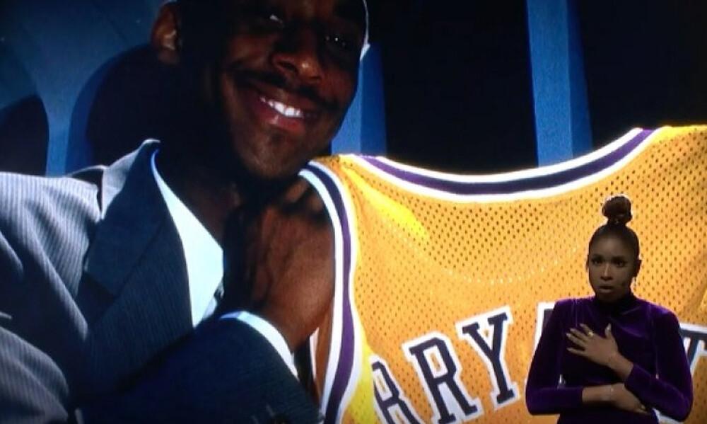 NBA All Star Game: Η απίστευτη ερμηνεία της Τζένιφερ Χάντσον για τον Κόμπι (video)