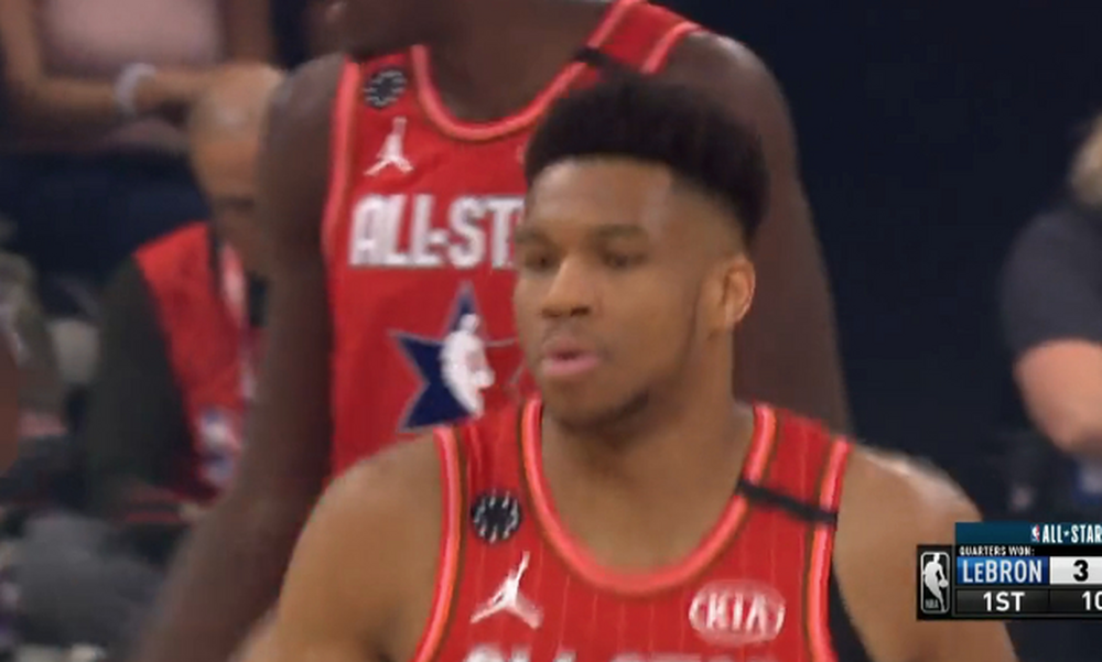 NBA All Star Game: Καρφωματάρες από Γιάννη (video)
