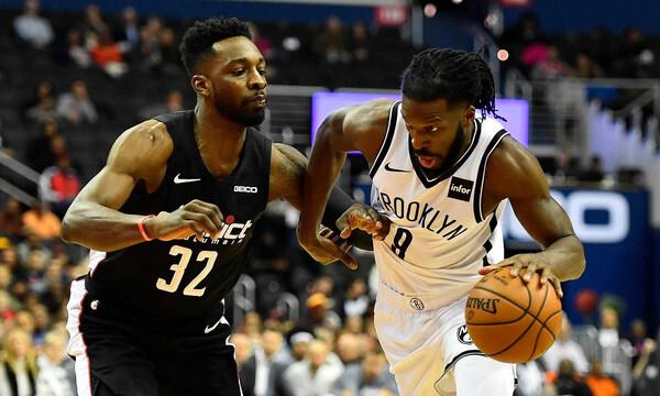 NBA: Γεμίζουν το ρόστερ τους οι Ρόκετς (videos)