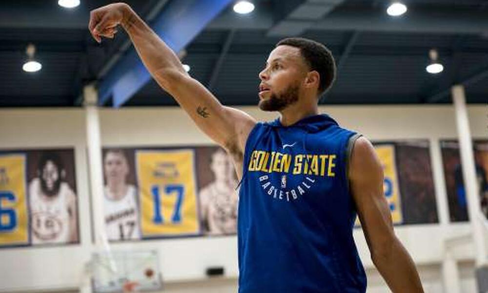 NBA: Επέστρεψε στις προπονήσεις o Κάρι!