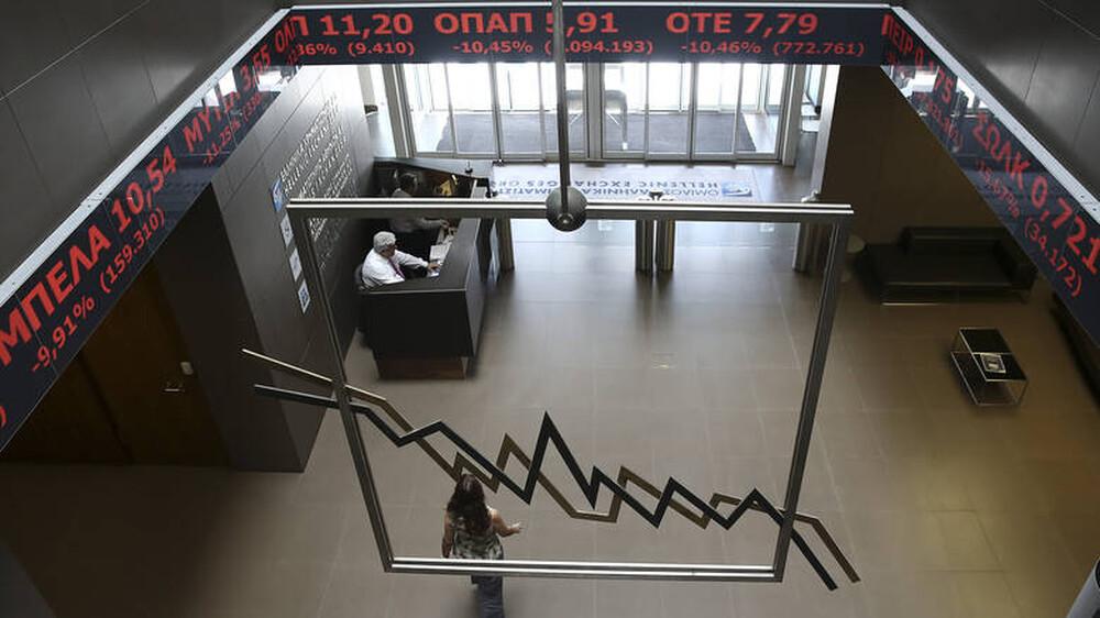 «Κραχ» στο Χρηματιστήριο Αθηνών λόγω κοροναϊού – Εβδομαδιαίες απώλειες 19,3%