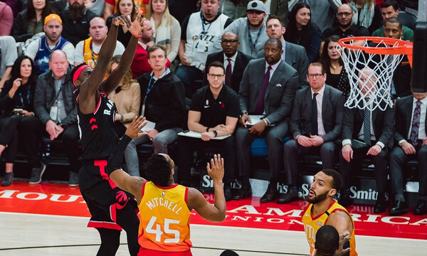 NBA: Δεν σταματούν πουθενά οι Ράπτορς (video)