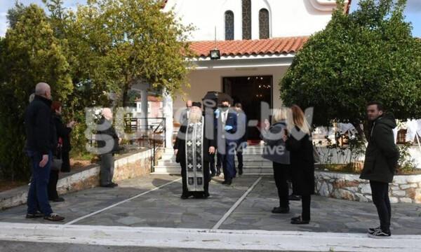 Κηδεία Χατζηκουτσέλη: Το τελευταία αντίο στον ηθοποιό  (Photos)