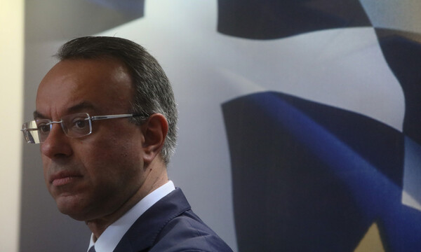 Κορονοϊός: Νέο επίδομα 600 ευρώ ανακοίνωσε ο Χρήστος Σταϊκούρας - Δείτε ποιους αφορά
