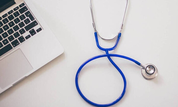 Κορονοϊός: Άυλη συνταγογράφηση – Τι ισχύει για την αμοιβή των γιατρών