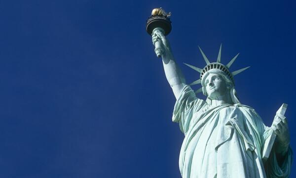 Γνώριζες πως το Άγαλμα της Ελευθερίας είχε αρχικά άλλο χρώμα; (photos+video)