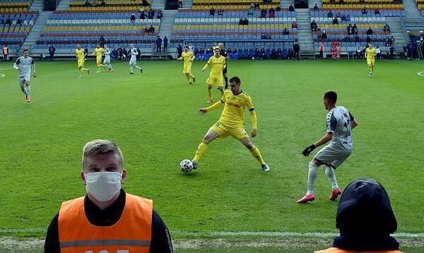 Κορονοϊός: Αναπάντεχο ενδιαφέρον στο πρωτάθλημα της Λευκορωσίας
