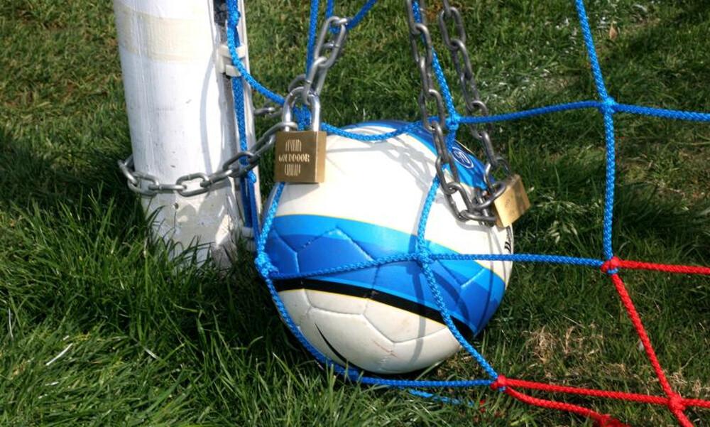 Κορονοϊός: Περισσότεροι από 80 παίκτες της Super League… μπλέκουν λόγω FIFA (photos)