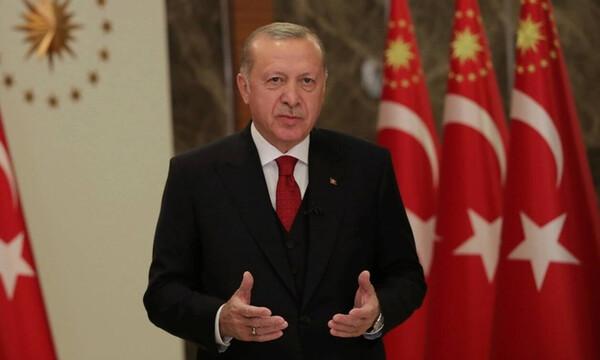 Τουρκία: Επικοινωνιακό σόου Ερντογάν - Βιντεοκλήση με ασθενείς με κορονοϊό (vid)