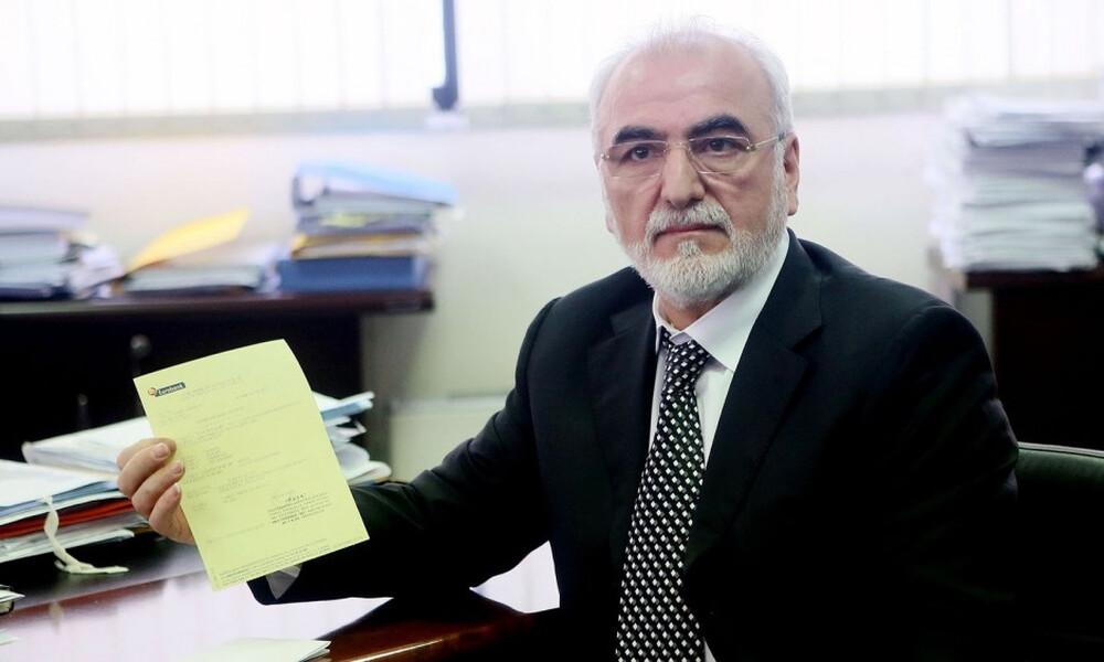 Όταν ο Ιβάν Σαββίδης πλήρωνε τα χρέη του ΠΑΟΚ (video)