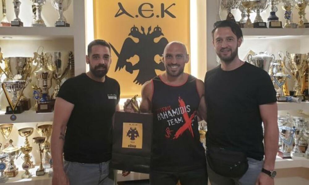Στο Kick Boxing της ΑΕΚ ο Λευτέρης Χαχαμίδης