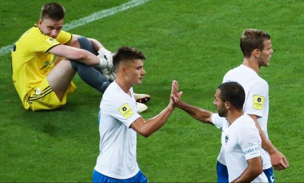 Δεν υπάρχει: Τερματοφύλακας στη Ρωσία έφαγε 10 γκολ και... βγήκε MVP! (videos+photos)