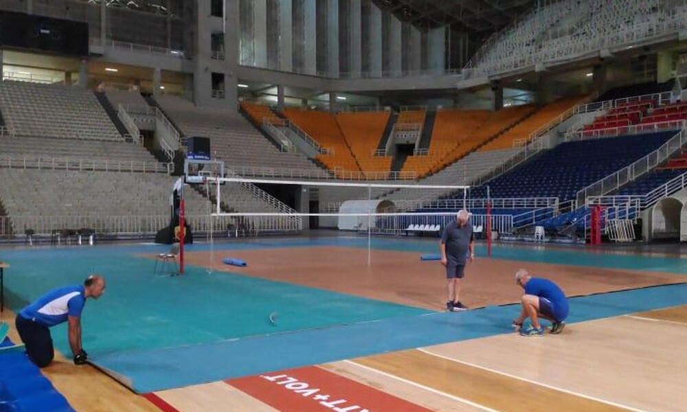 Στρώθηκε το τάραφλεξ στο ΟΑΚΑ για τα play off της Volley League